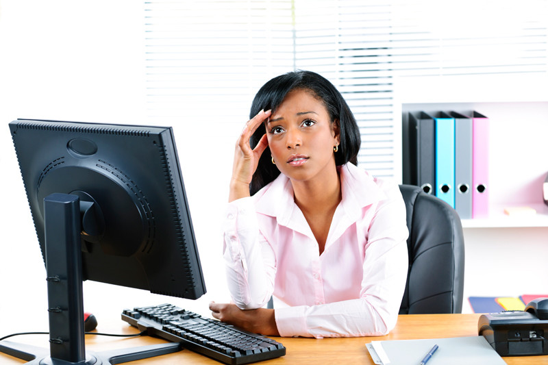 worried-lady-office