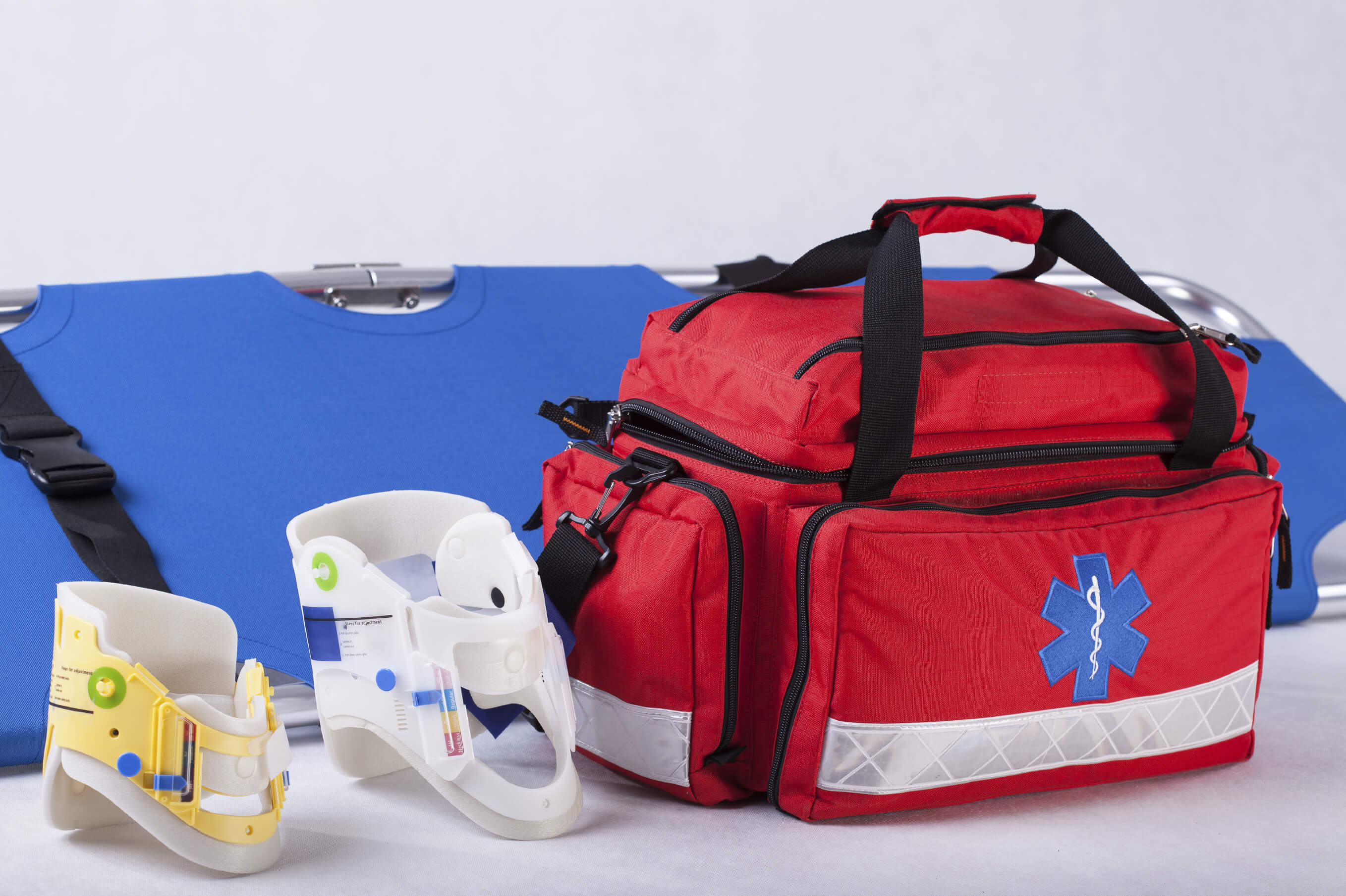 Rescue-bag-cervical-collars-and-stretcher