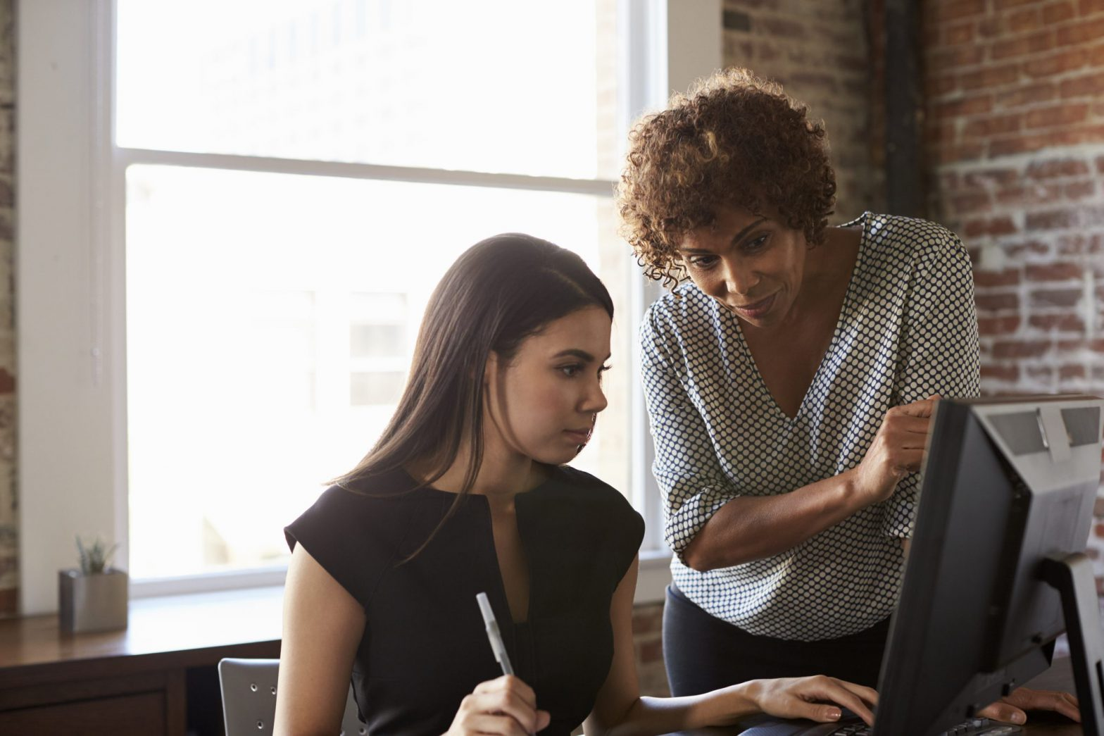 Tips for Training Summer Interns Using a Learning Management System